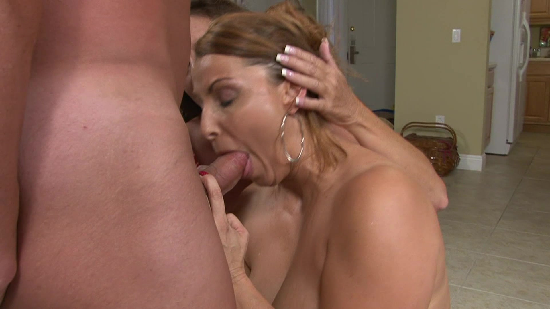 Amateur hours 12 scene 3