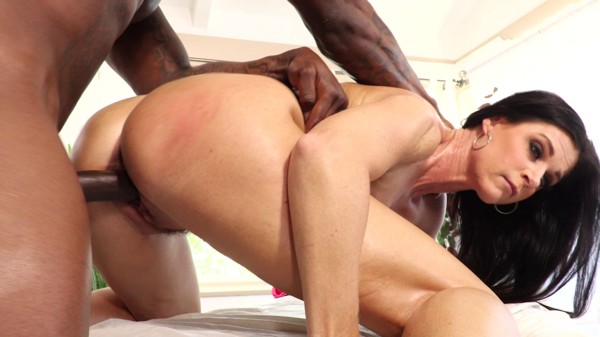 Interracial Milf Massage  Kinky Spa  Sugarinstant-4724