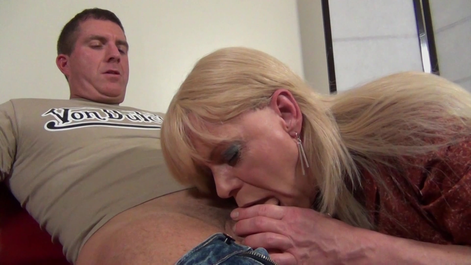 Free Video Preview Image 1 From Joanna Jet The Trans Milf 8