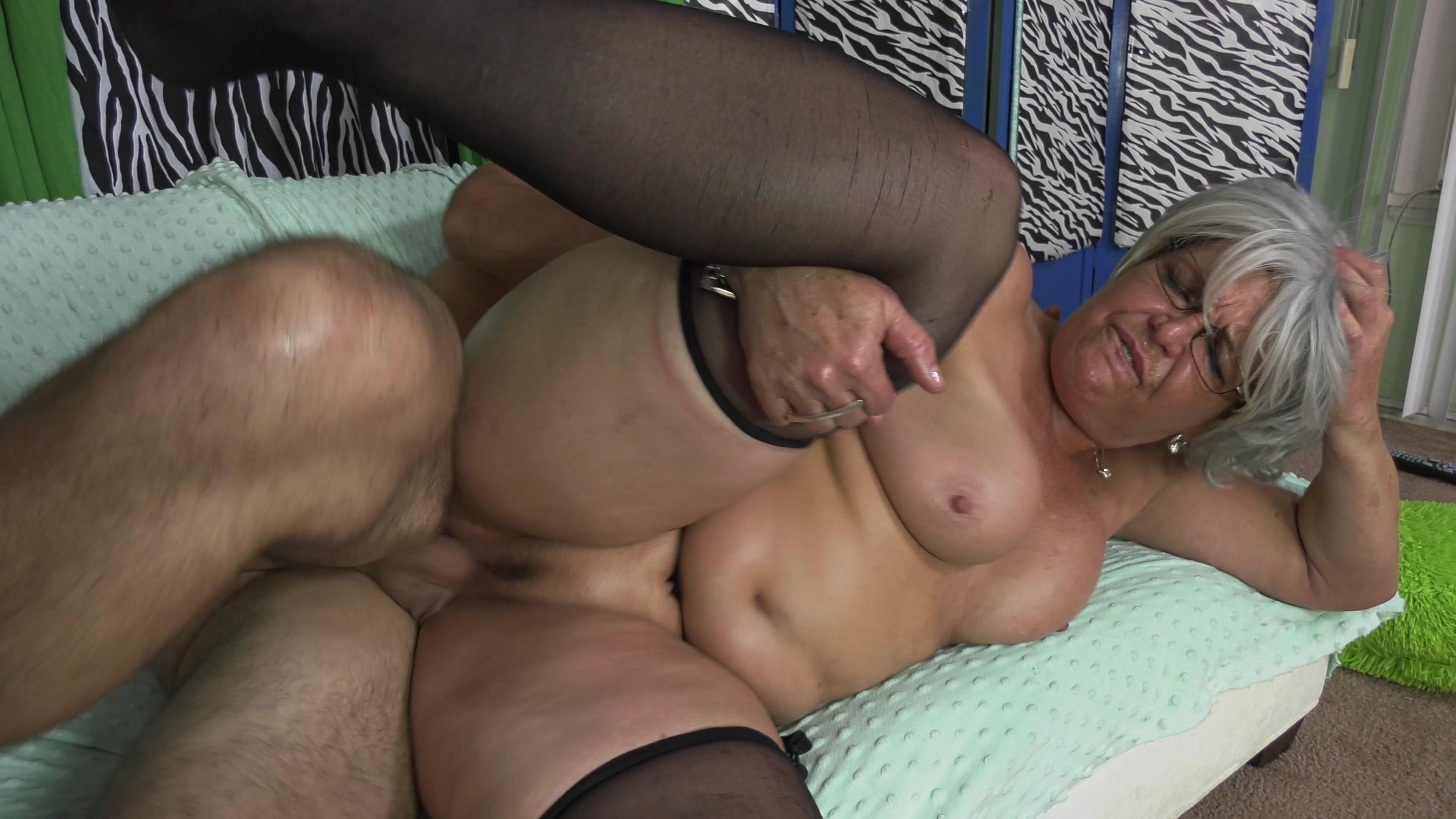 More of me mature milf horny granny horny amateur photos