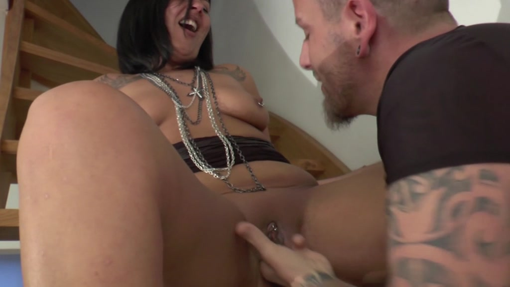 Milfs loves young studs photos