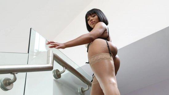 Porn's Black Top Models 5 featuring Jenna Foxx