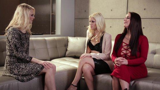 Lesbian Babes Shyla Jennings Charlotte Stokely Hump Pornohub 1