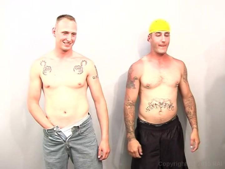 Tattooed gays enjoy blowjob