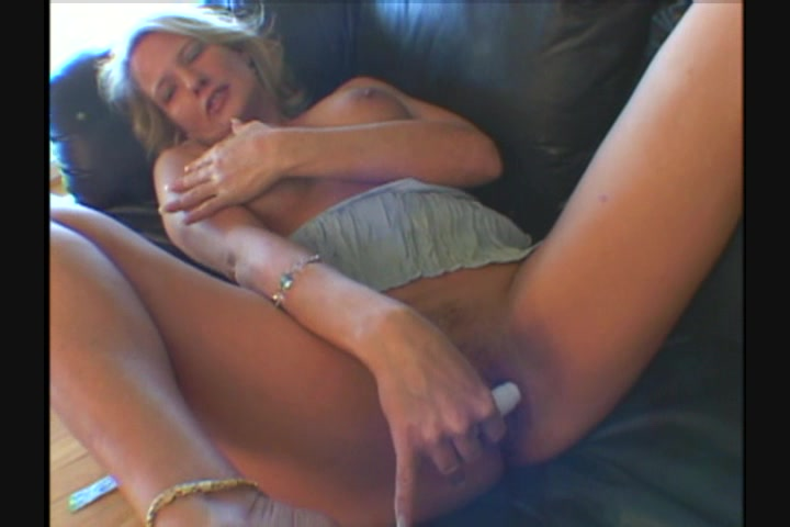 Over 40 real amateur wife masturbation