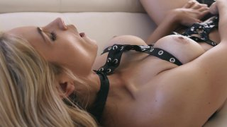 Streaming porn video still #1 from Blondage