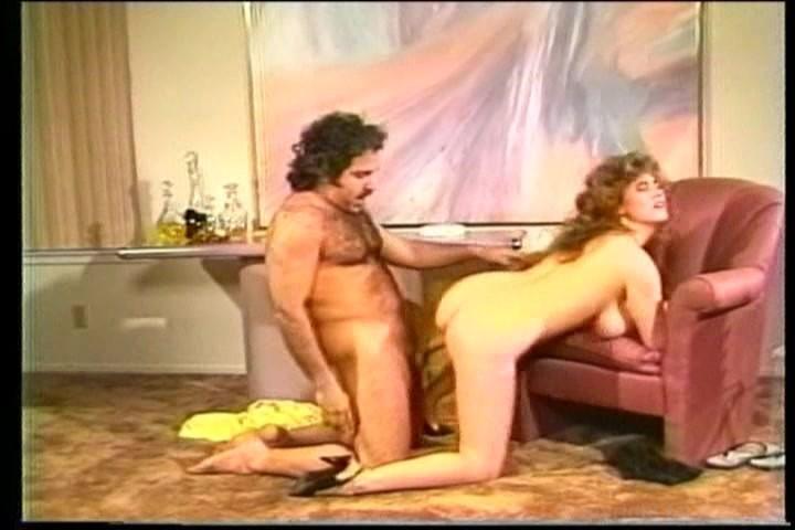 Old man licking latina pussy