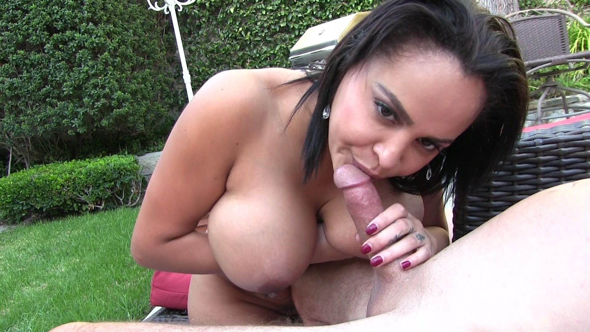 Watch Trailer_park_trash_white_girl_heidi_dirity_feet_and_big_ass