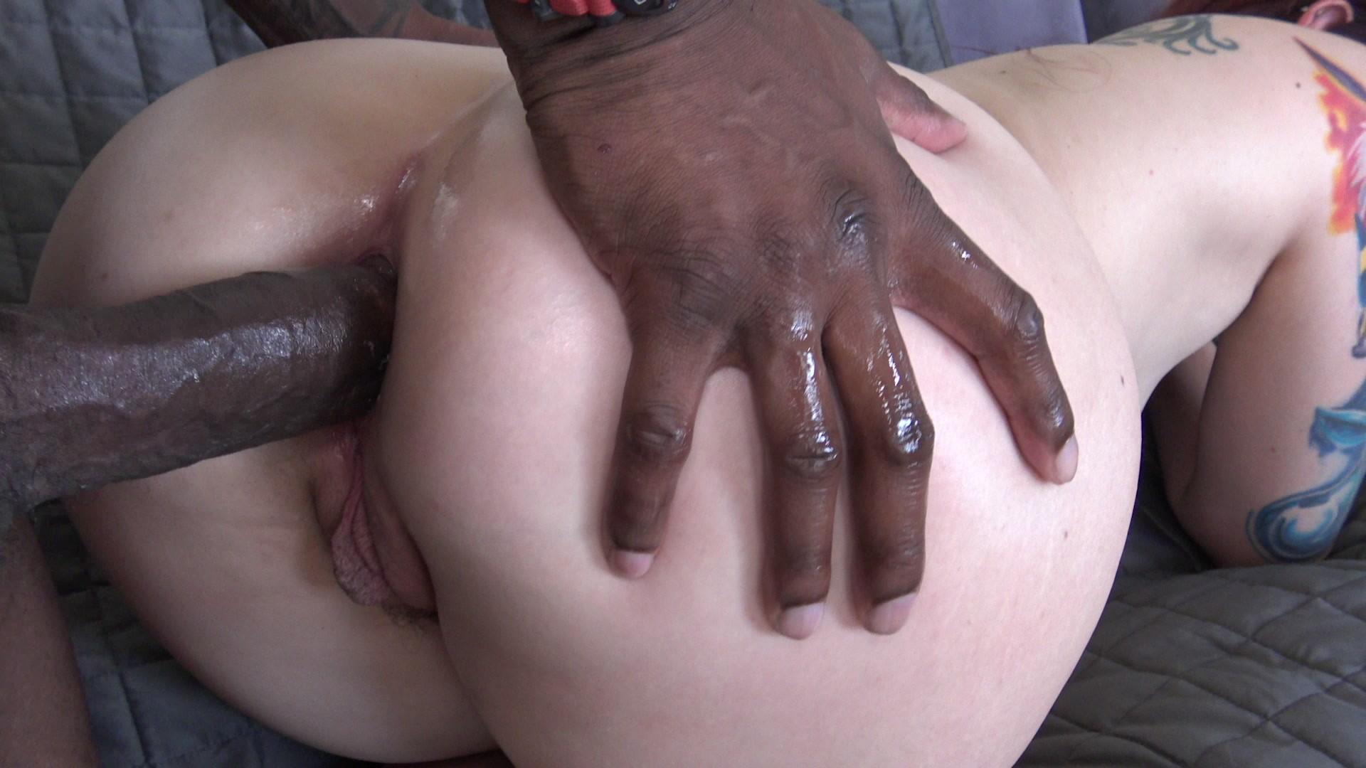 Massive booty anal, deelish nude