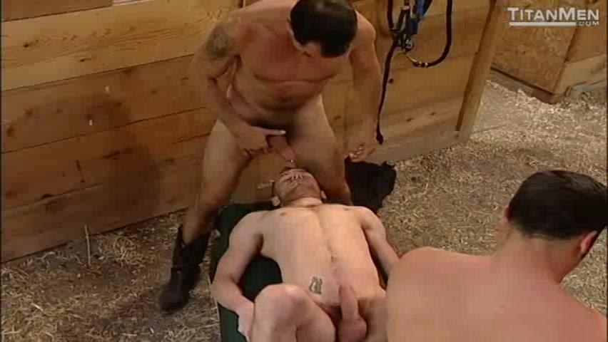 Tranny has huge cock