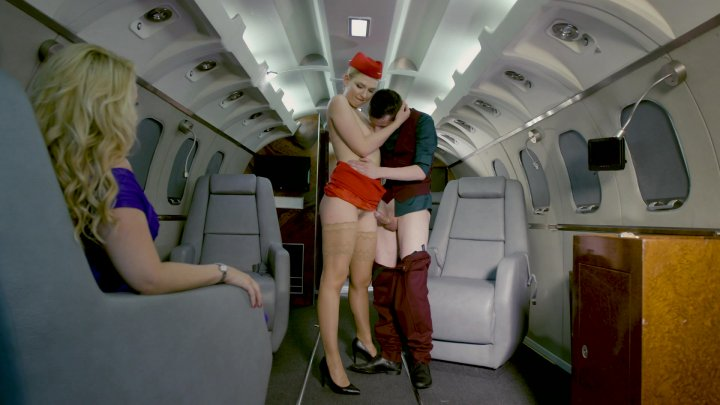 Streaming porn video still #1 from Dorcel Airlines Escalas Sexuales