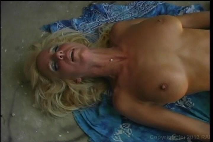 Young amateur webcam girl