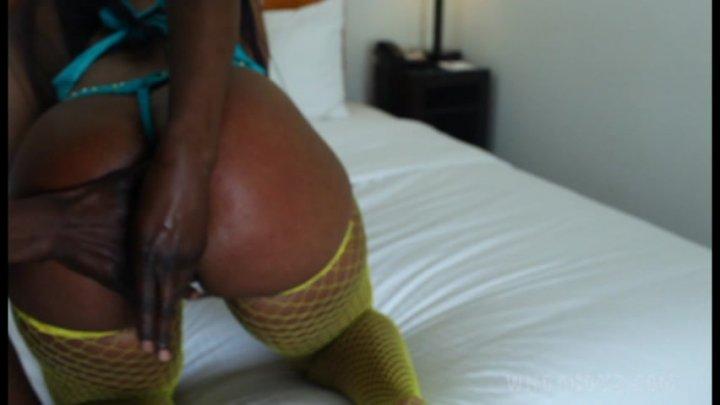 Erotic Image Amateur milf big boobs