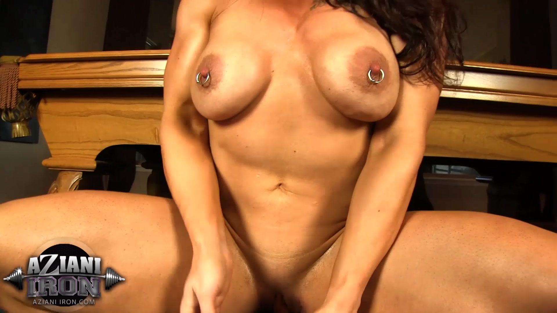 Hd Brandi Mae Aziani Iron Pumps Her Big Clit Porn Pics