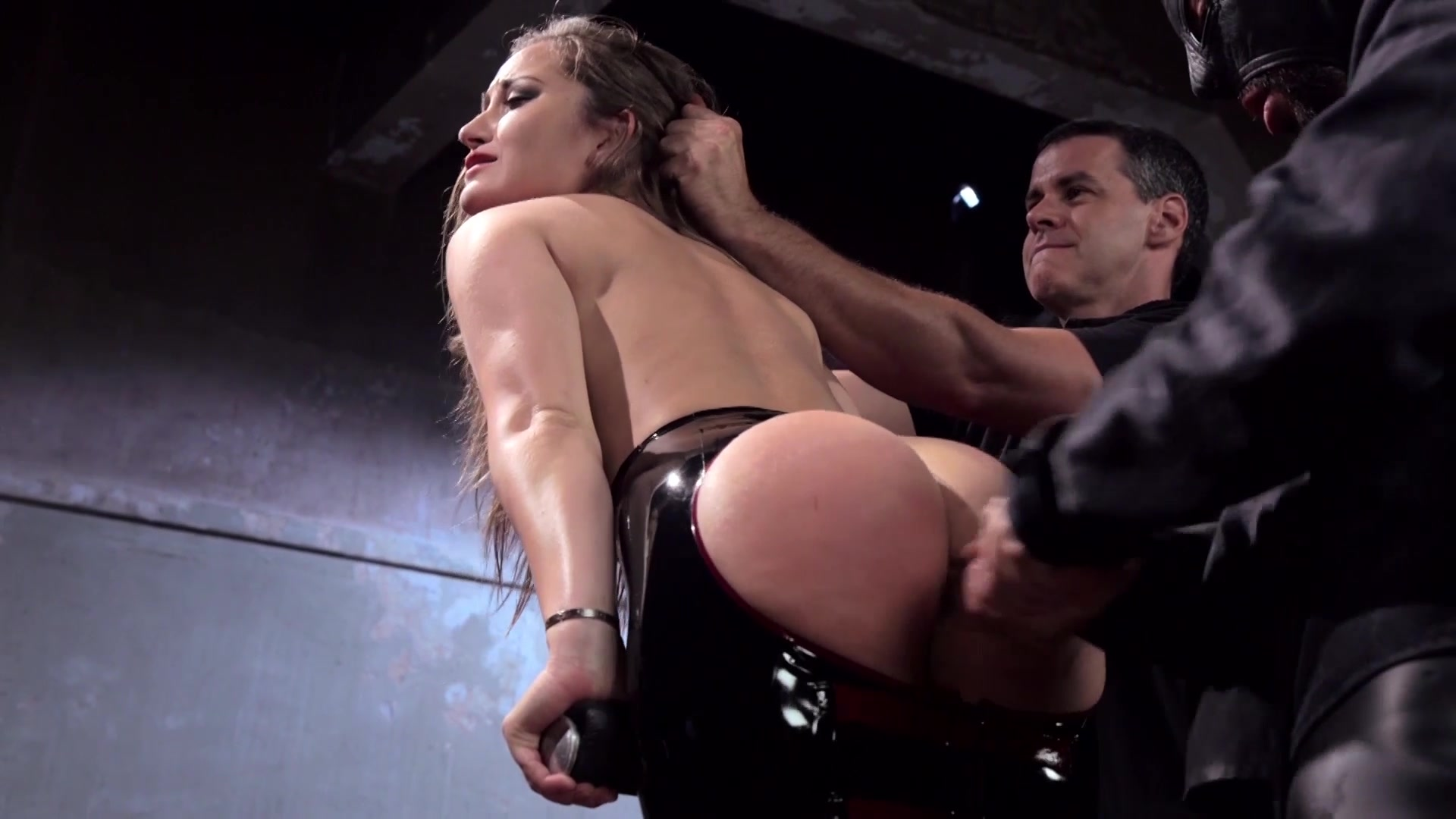 Порно с полицией дани даниэль, порно зрелых невероятное