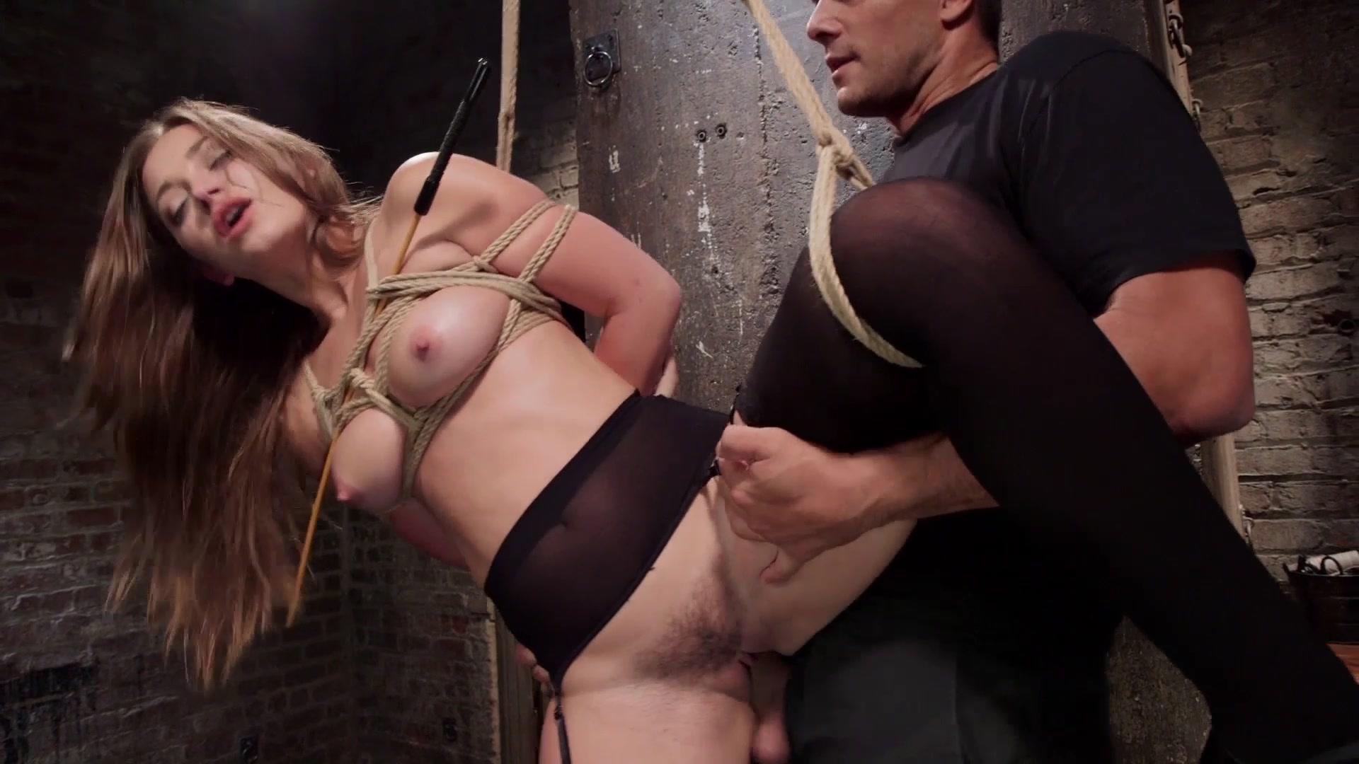 Xxx Star Renee Gracie Hot Seductive Pics
