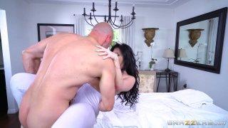 Streaming porn video still #6 from Rubbing Down A Horny Slut 3