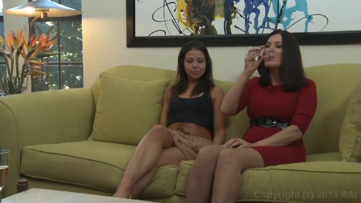 Hot hairy pussie women