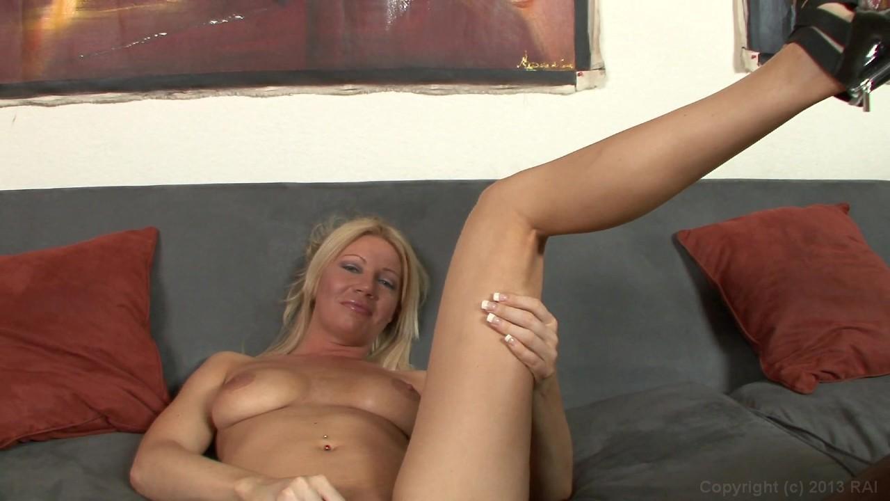 Hot naked spaniard maled
