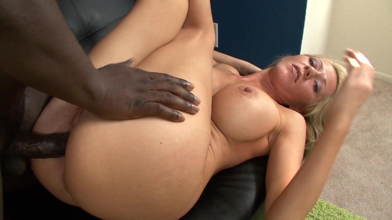 Massive latina tits pictures