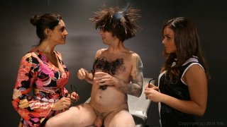 Streaming porn video still #2 from Austin Powers XXX: A Porn Parody