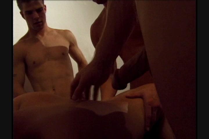 Fratmen shower blow job red tube