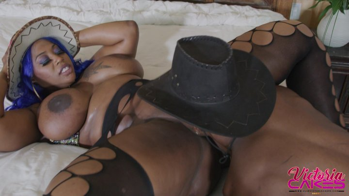 Streaming porn video still #1 from Victoria Cakes: The Dick Drainer