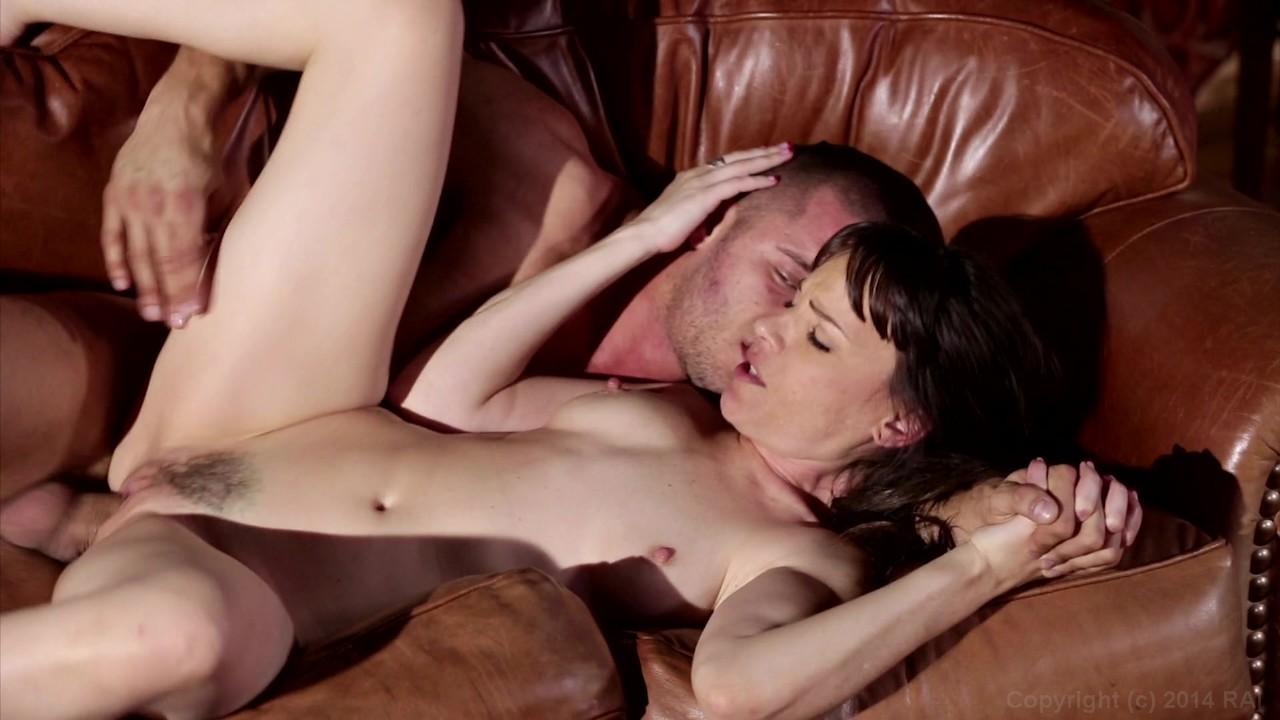 lyubovniy-treugolnik-film-porno-syuzhetniy-porno-film-onlayn-na-russkom