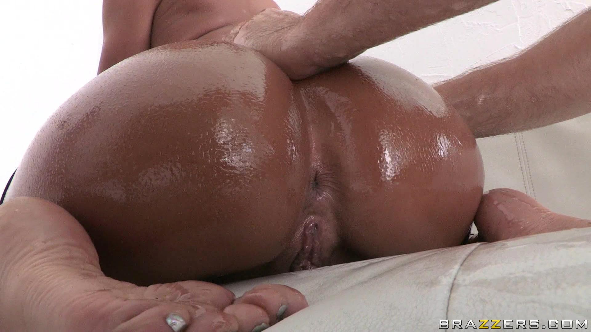 Allbestaye Buttock Enhancement Essential Oil Butt Enlargement Hip Enhancer Ass Lift Up Massage Body Oil