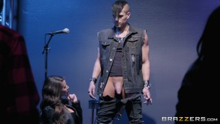 Streaming porn video still #2 from Xanders World Tour