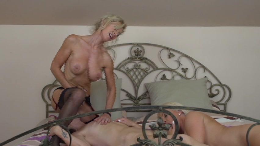 Large blonde porn