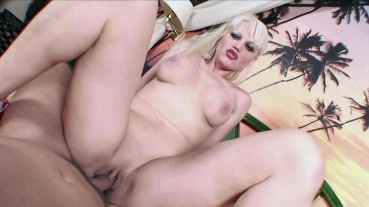Streaming porn video still #3 from Cummy Bears