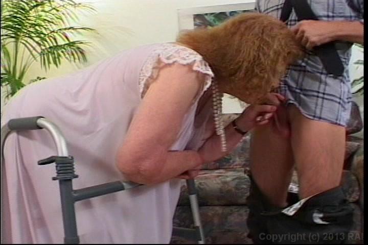 Free plump women peeing videos