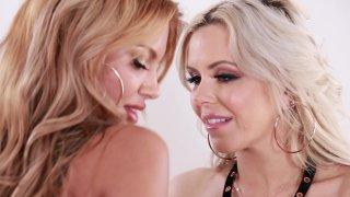 MILFs Mercedes Carrera & Nina Elle Share A Hard Ride