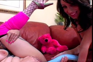 Streaming porn video still #7 from Muff Munchin' MILFs