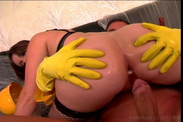 Streaming porn video still #1 from Big Wet Asses