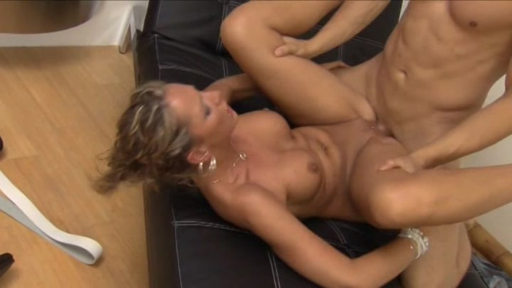 Streaming porn video still #14 from Versaute Ladies 4
