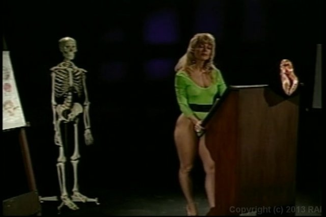 Streaming porn video still #1 from Nina Hartley's Guide to Better Cunnilingus