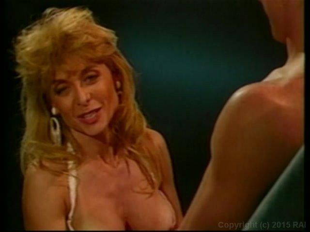 Streaming porn video still #1 from Nina Hartley's Guide to Better Fellatio