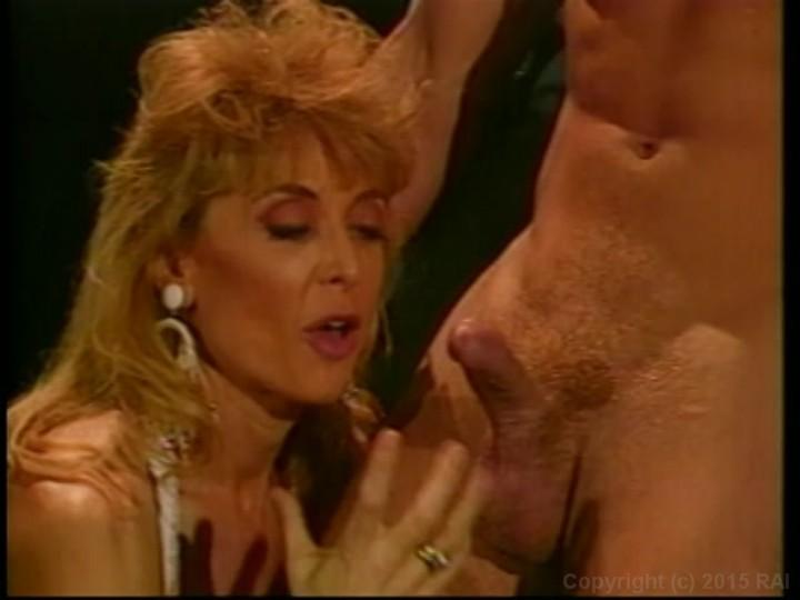Showing Porn Images For Nina Hartley Handjob Porn  Www -2351