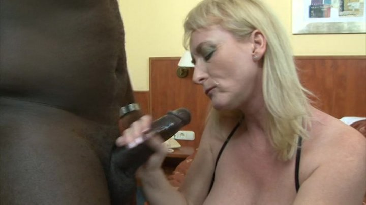Streaming porn video still #1 from Amazing Gape 3, The