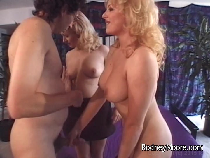 Tiffany  Michelle Streaming Or Download Video On Demand -9525