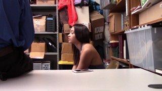 Streaming porn video still #2 from ShopLyfter 5