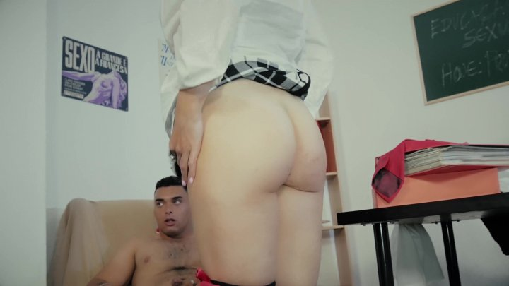 Streaming porn video still #1 from Educacao Sexual Em Portugal