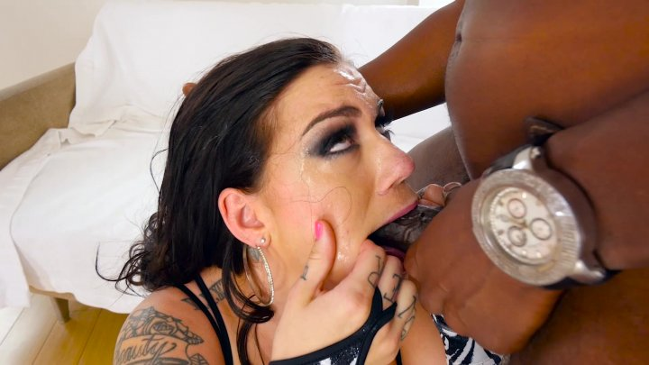 Streaming porn video still #6 from Oral Beauties