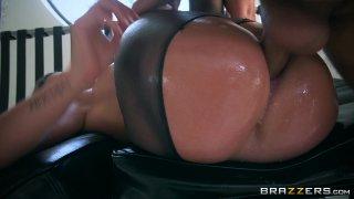 Streaming porn video still #6 from Bubble Butt Anal Slut 3