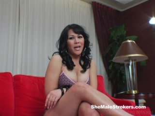 Pleasing Shemale Sharing Her Big Dick and Jerking Off