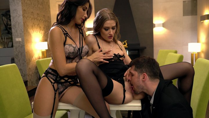Streaming porn video still #5 from Girls at Work - Clea The New Boss