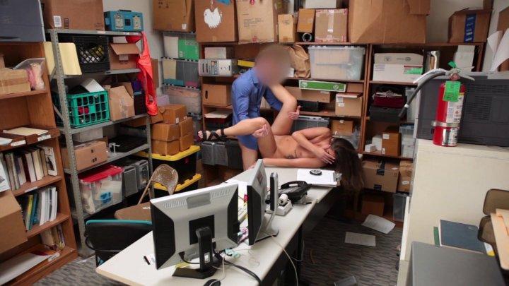 Streaming porn video still #3 from ShopLyfter