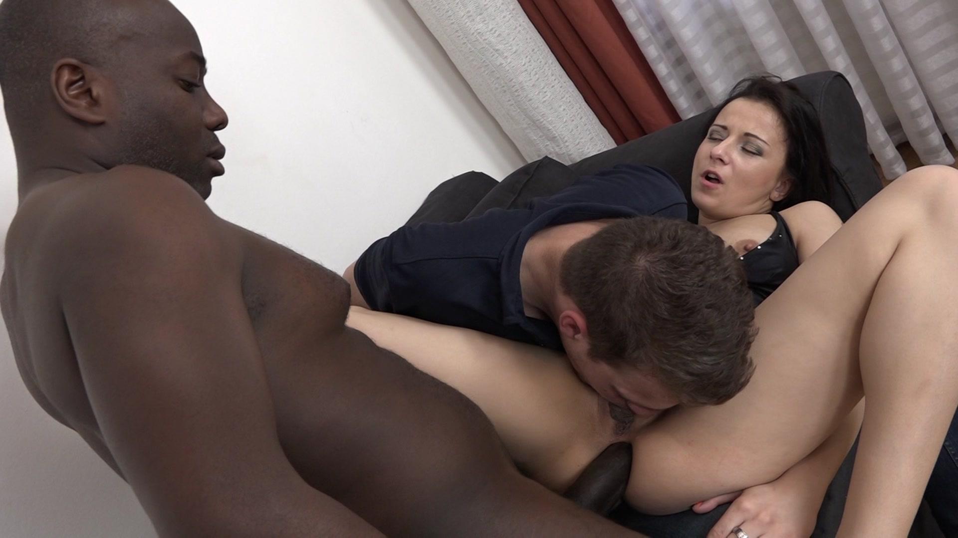 Mahina zaltana fucks in a porn stud for her husband